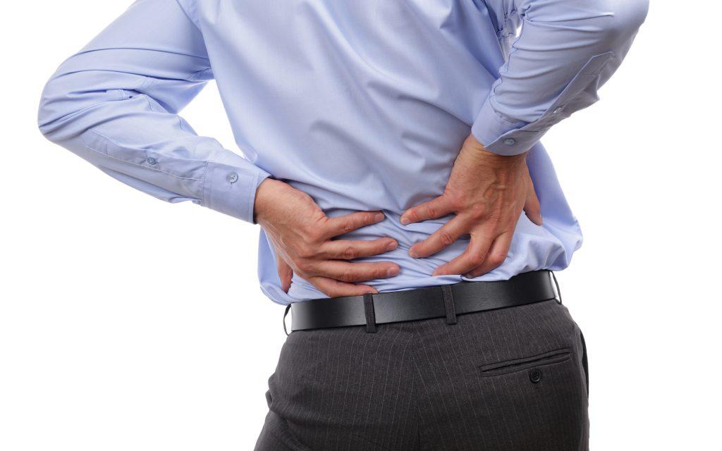 ¿Puede el dolor de espalda ser un síntoma de falta de agua potable?