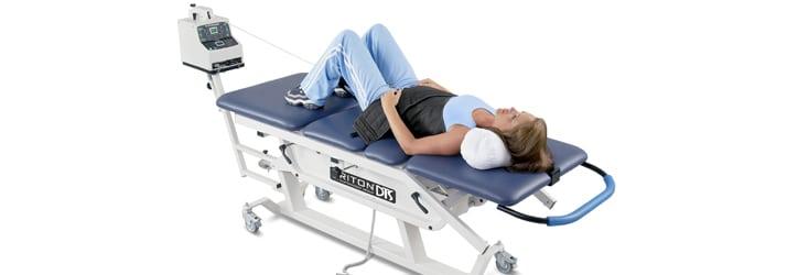Tratamiento de descompresión espinal por quiroprácticos experimentados